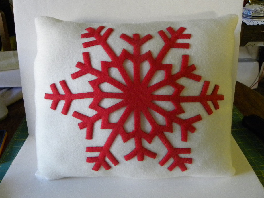 Red snowflake pillow